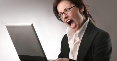 angry_woman_computer