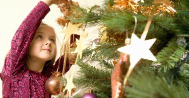 family-christmas-fun_1920x1200_75446